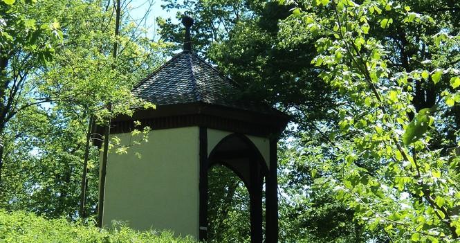 Hugstetten - Teepavillon.JPG